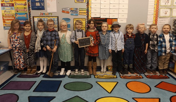 Ms. Tracy Goodman's kindergarten class at ECC celebrates the 100th day of school!