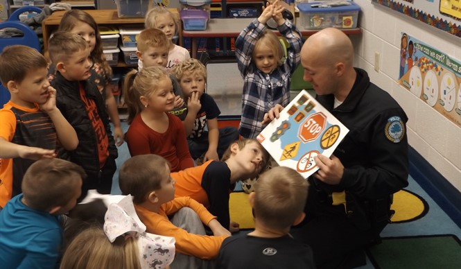 DARE Officers visit the Clinton County Early Childhood Center to talk to the students about making good choices.