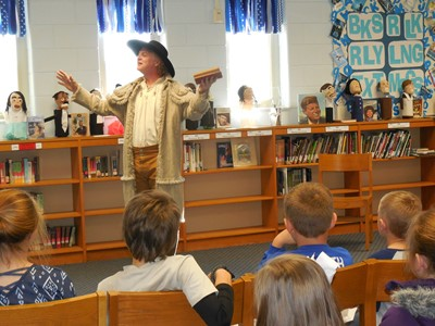 "Kevin Hardesty of Kentucky Chautauqua portrayed frontiersman Daniel Boone at Clinton County Middle School in ""The First Kentuckian"" on Monday, November 21st."