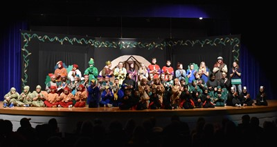 Missoula Children's Theatre (MCT) and more than 50 local students performed SNOW WHITE & THE SEVEN DWARFS on Friday, November 9th.