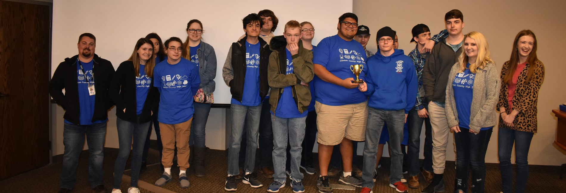 Congratulations to the CCHS Quiz Bowl Team on their 2nd place finish at the annual Quiz Bowl competition at WKU!