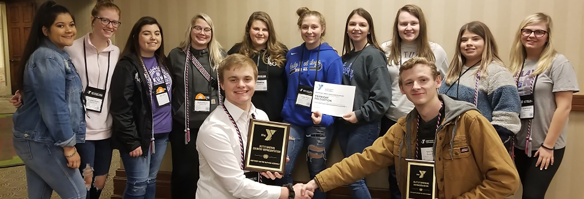 CCHS delegation receives Outstanding Country Representation at KUNA!