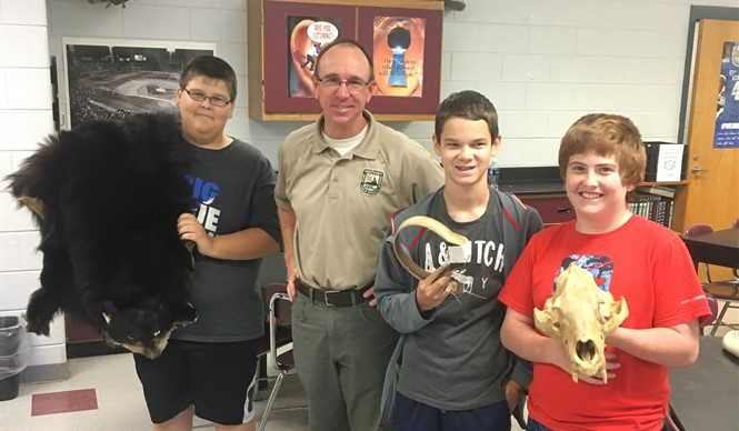 Private Land Biologist Chris Mason visits CCMS.