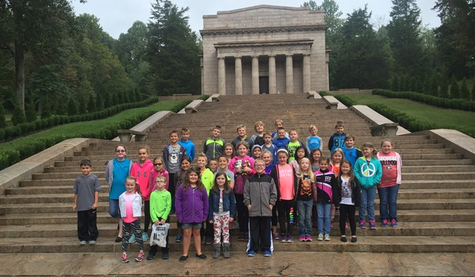 AES Gifted & Talented students visit the Abraham Lincoln Birthplace in Hodgenville.