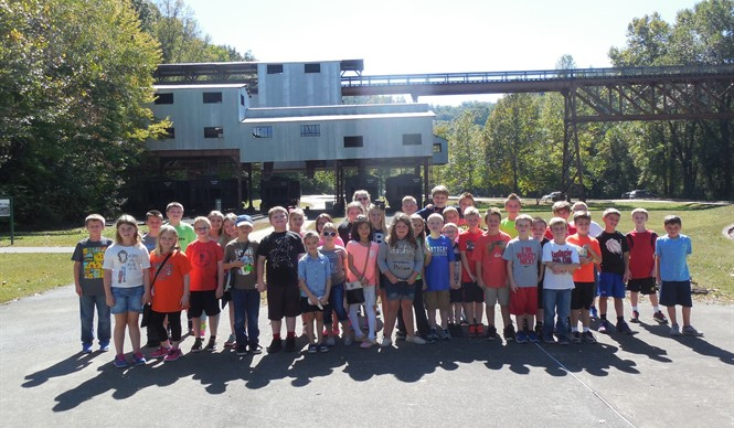 AES Gifted & Talented students ride the Big South Fork Scenic Railway.