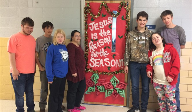 Students decorate doors for Christmas at CCHS.