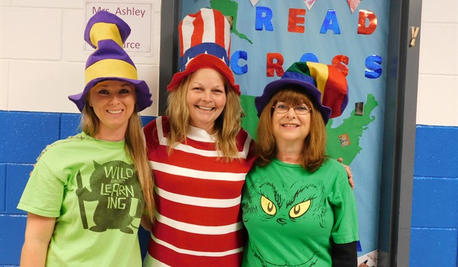CCMS Celebrates Read Across America Day!