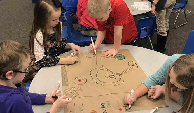 Students make maps during a History smArts outreach program with the Kentucky Historical Society.