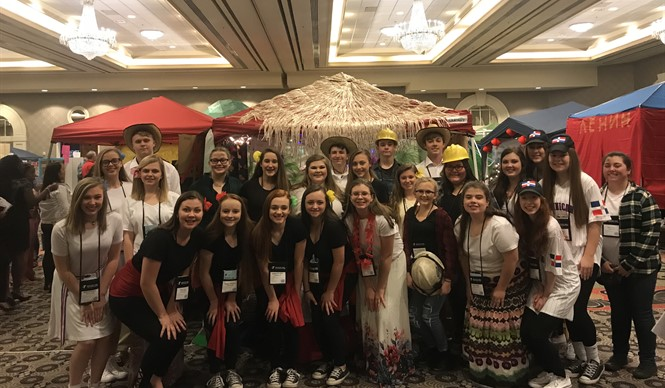 The CCHS delegation represented the Dominican Republic at the 2018 Kentucky United Nations Assembly (KUNA).