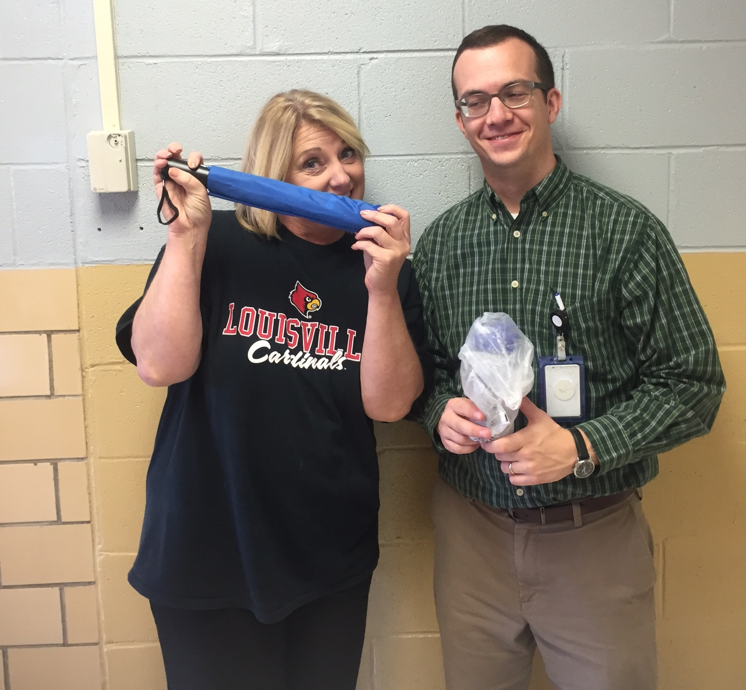 Clinton County Healthy Hometown recently awarded prizes to faculty and staff Be Active Club members at ECC, AES, CCMS, & CCHS for the first 9-weeks.