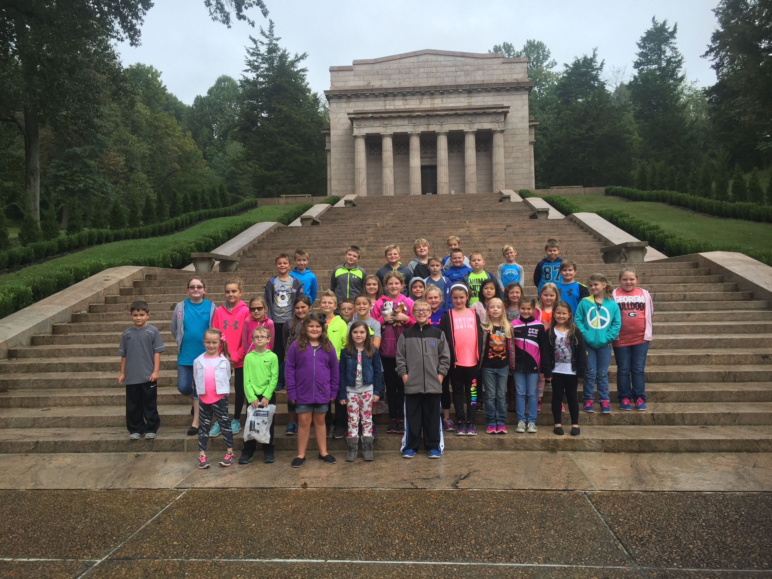 On Friday, October 7th, AES students traveled to Hodgenville, Kentucky to visit the Abraham Lincoln Birthplace National Historic Park.