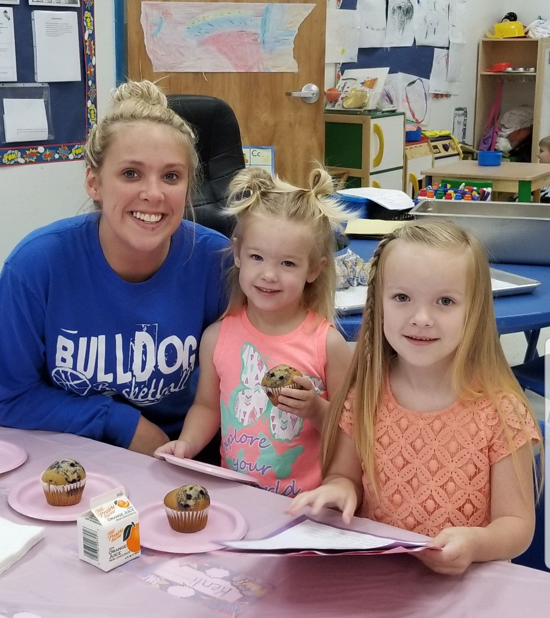 Mother's Day is coming up! The preschool students at ECC honored their mothers during the Muffins with Moms event on Tuesday, May 1st.